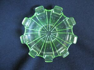 GREEN DEPRESSION GLASS DISH – 115mm DIAM, 45mm. IN EXCELLENT CONDITION