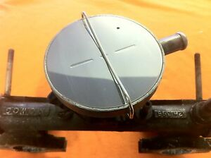 Breather Valve Top Cover & Clip STAINLESS STEEL- TRIUMPH