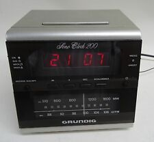 80er anni-Orologi RADIO GRUNDIG Sveglia Radio sono Clock 200 weckradio
