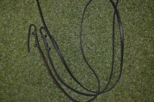 HORSE REINS BROWN LOOPED REINS 54 INCH LONG 1 CMS WIDE USED GOOD
