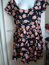 BNWOT BLACK RIVER ISLAND SHORT SILKY FLORAL PRINT BEADED SUMMER DRESS - SIZE 10