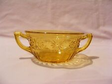 VINTAGE AMBER INDIANA GLASS DAISY PATTERN TWO HANDLED SOUP BOWL
