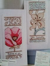 '2 FLOWER THINKING OF YOU CARDS' CROSS STITCH CHART BY JOANNE SANDERSON (M41)