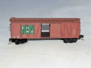 N Scale Kadee LD & D 50' Box Car W/ Sliding Door & Pizza Wheels