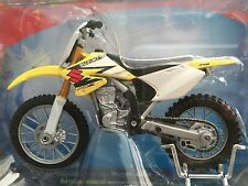 Suzuki RM-Z 250 Motorcycle 1/18 RMZ Motocross Supercross