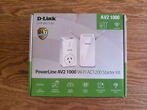 D-Link PowerLine AV2 1000 Wi-Fi AC1200 Starter Kit- DHP-W611AV