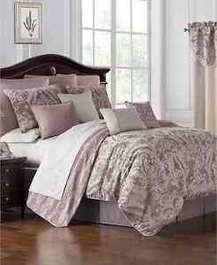 Waterford Reversible Victoria 4-Pc. California King Comforter Set