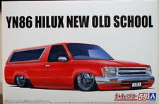 Aoshima 057001 1988 Toyota Hilux New Old School YN86 JDM 1:24