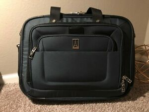 ~ TravelPro Crew 8 ~ Business Tote ~ Lightweight Carry On Laptop Bag ~ DK Blue ~