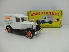 MATCHBOX Models of Yesteryear Y-22 - 1939 Model 'A' Ford Van