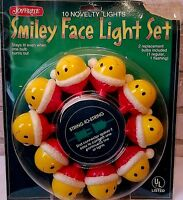 Vintage JoyBrite Yellow Smiley Face With Red Santa Hats Light Set Original Box