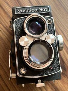 Yashica Mat MT 8040686 camera Vintage - READ