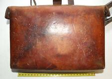 Sacoche / trousse de premiers soins complete en cuir de l'armée suisse ( 112 )