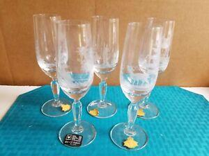 """Vtg Glas Von Marion 24% PbO Hand Etched """"Game Scenes"""" Crystal Champagne Flutes"""