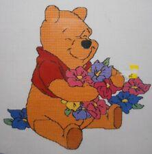 Nuevo * Winnie Pooh-Big Corazones merecen grandes abrazos Cross Stitch Kit