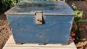 Nice Old Wooden Toolbox Box Chest with rope handles