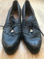 1930's Ladies Desuaux lace up Navy Leather shoes, really rare, elegant, chic.