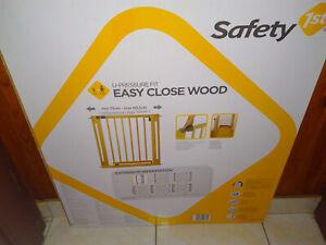 STOP! barrière de sécurité enfant escalier neuve protection équipement bébé