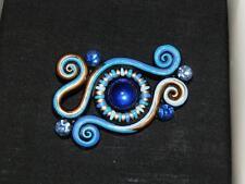 Hamish Sevenoaks Australia hecho a mano y pintado a mano Swarovski Azul Brisa Broche