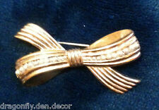 Vintage Brooch - Gold Tone Tied Bow w Row of Seed Pearls U12