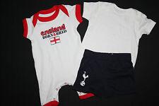 Kombi Einteiler England + Shirt + Shorts Puma, 0-3 Mon (Gr 50 56 62), neu