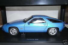 Porsche 928 (1977) minervablau Transaxle Autoart 1:18 - fabrikneu