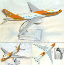 Singapore Scoot Airlines Boeing 777 Airplane 16cm DieCast Plane Model