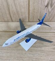 Excel Airways Boeing 737-800 G-XLAA Plastic Aircraft Model 1:200