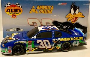 Jeff Green 2002 Action BWB 1/24 #30 AOL Looney Tunes Rematch NASCAR Chevrolet