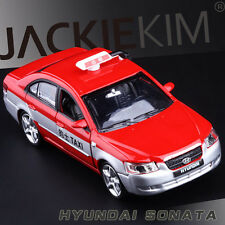 Red 1/32 Scale Hyundai Sonata Peking TAXI Car Diecast Model With Sound & Light