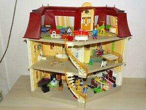 Playmobil Puppenhaus 5302 mit Einrichtung