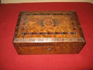 ANTIQUE INLAID WOOD BOX HANDMADE CHEST JEWELRY DOCUMENT VINTAGE ESTATE