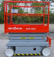 2015 Electric Scissor Lift Skyjack 26 Feet Working Height Sjiii 3219