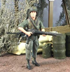 """21st Century Toys Ultimate XD Soldier Vietnam US M60 Machine Gunner 1:18 3.75"""""""
