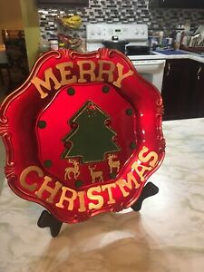 New Charger plate Christmas decor   Preowned Wooden Stand From Old Time Pottery