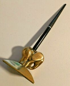 Vintage Vari-Tone Black Desk Fountain Pen with Heavy Brass Elephant stand -- 981