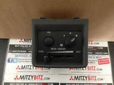 Pajero Shogun MK2 Facelift 96-99 Rear Heater Control Console - White Dials