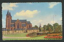 Arnhem  Walburgiskerk  (hoek beschadigd)