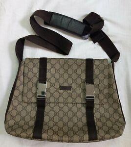 Gucci GG monograme  brown messenger bag 122373-214897