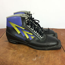 Minty Vintage 80's Cortina Cross Country Ski Boots Canada 8