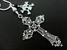 A LOVELY TIBETAN SILVER  LARGE CROSS & DIAMANTE SKULL NECKLACE. GOTH. NEW.