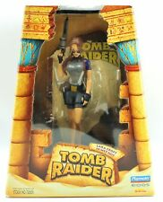 NEW Tomb Raider Lara Croft in Wet Suit Articulated Action Figure & Base 1998
