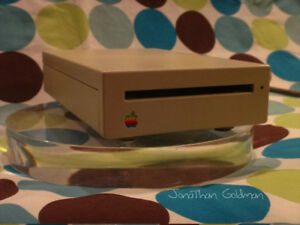 Apple External Floppy SuperDrive 1.4MB FDHD Disk Drive M0131 Upgrade Mac IIgs