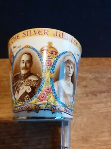 HM Queen Mary HM King George V Silver Jubilee 1910 - 1935 Commemorative Cup