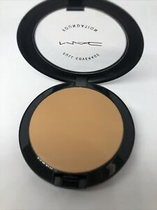 MAC~Full Coverage Foundation~NC30~One Step Compact With Free Gift!~GLOBAL SHIP!