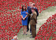 Catherine, Duchess of Cambridge & Prince William UNSIGNED photo - H5843
