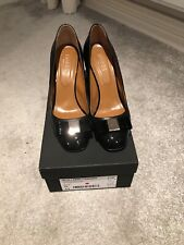 Hobbs Ladies Black Leather Court Shoes.  hardly worn. size 6