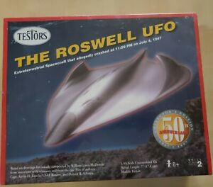 Testors Model Kit 1:48 Roswell UFO 50th Anniversary Collector's Edition