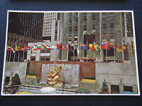 PROMETHUS STATUE AND FOUNTAIN IN ROCKEFELLER PLAZA 1983 POSTCARD