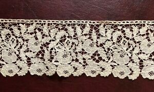 19th C. English Honiton lace border with roses design and leadworks fillings